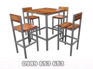 Bộ bàn ghế chân sắt gỗ thông Pallet GCS12