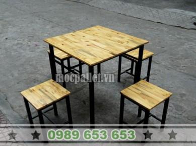 Bộ bàn ghế mặt gỗ thông chân sắt S1