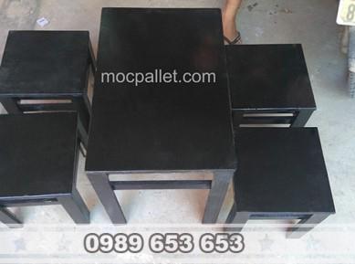 Bộ bàn ghế gỗ thông pallet BG78