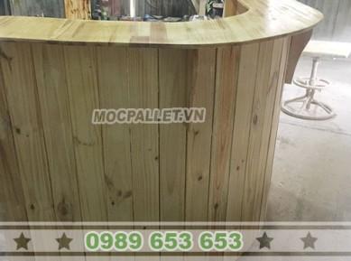 Quầy bar gỗ thông pallet đẹp 27