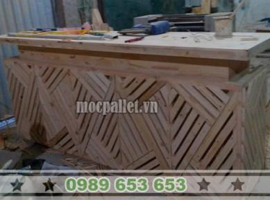 Quầy bar gỗ thông pallet đẹp QB29