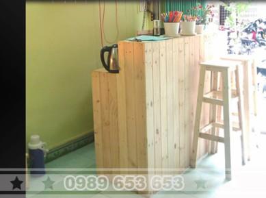 Quầy bar gỗ thông pallet giá rẻ 08