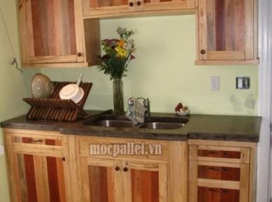 Tủ bếp gỗ thông pallet giá rẻ TB02