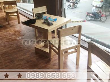 Bộ bàn ghế gỗ thông pallet BG71