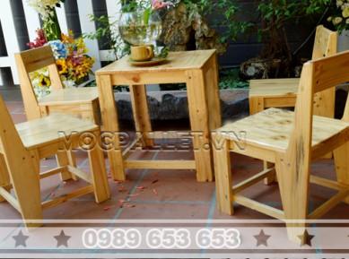 Bộ bàn ghế trà sữa gỗ thông pallet BG42